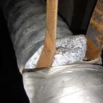"Asbesthoudende crocidoliet leidingisolatie vastgezet met asbesthoudend koord • <a style=""font-size:0.8em;"" href=""http://www.flickr.com/photos/78534169@N04/8386144821/"" target=""_blank"">View on Flickr</a>"